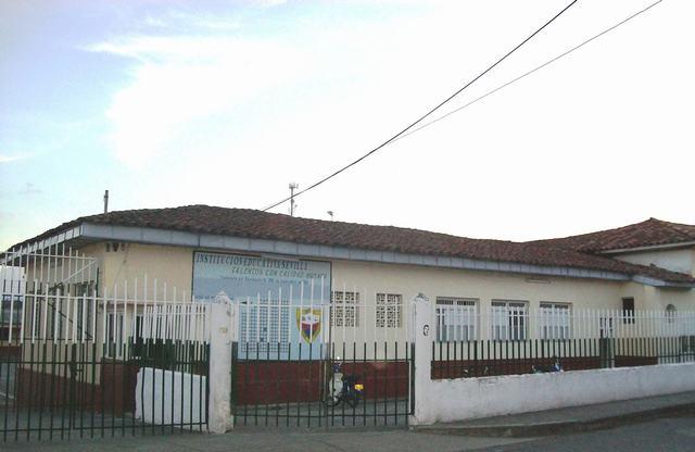 Sede Principal Liceo Mixto 4